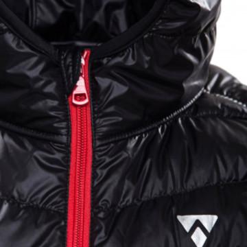 Дутый женский жилет с капюшоном от Alpinist