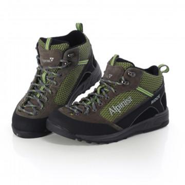 Женские кроссовки для альпинизма от Alpinist