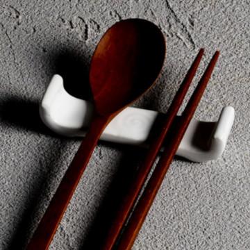 Керамические подставки под столовые приборы от Togama